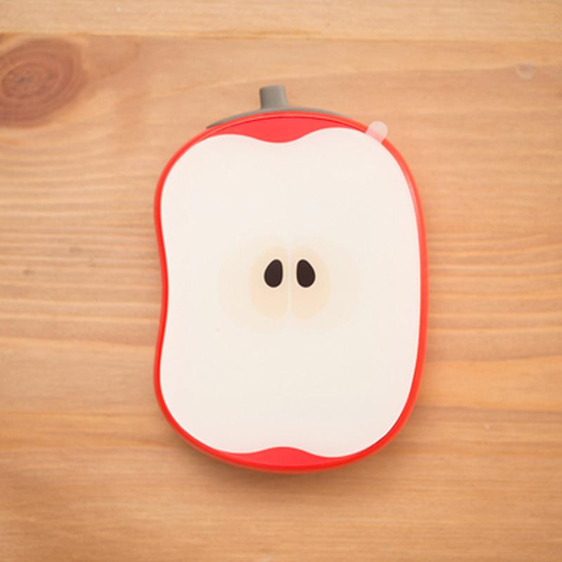 Внешний аккумулятор с яблоком