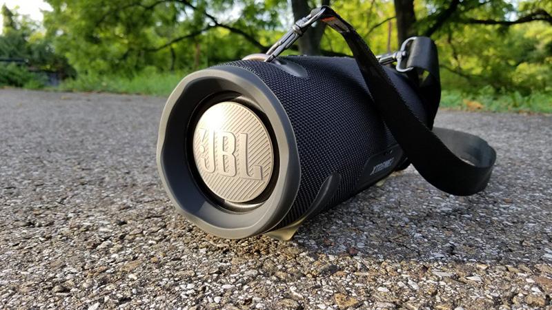 JBL-Xtreme-2-woofer.jpg